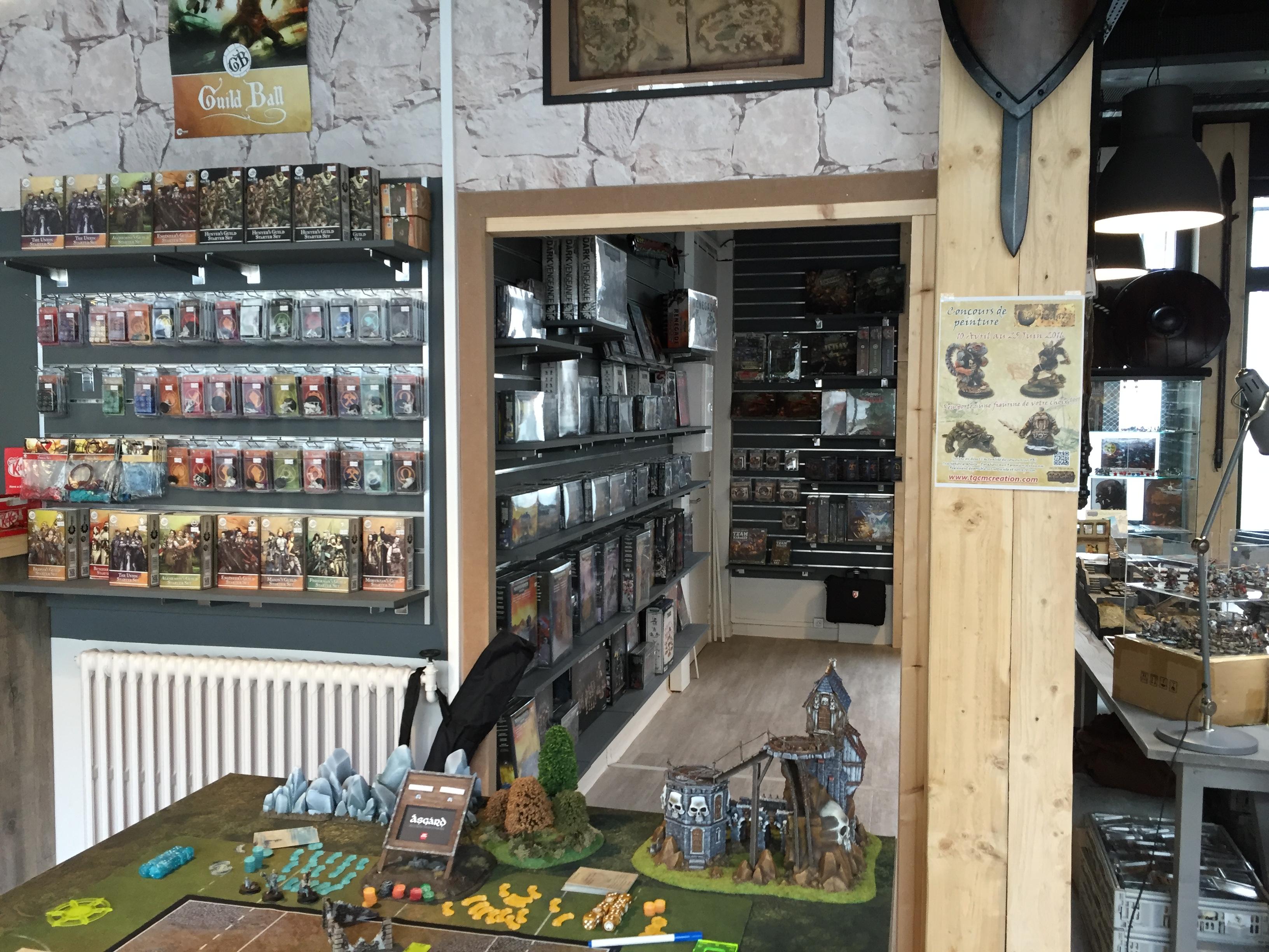 un nouveau magasin de figurines rouen mon blog figurines et jeux de r les. Black Bedroom Furniture Sets. Home Design Ideas